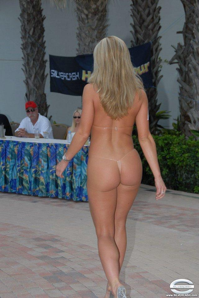 Порно фото бабушка в бикини 75785 фотография